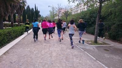 running girls marseille